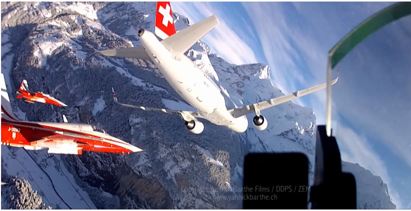 Patrouille Suisse and Airbus A320 Swiss Lauberhorn 2015